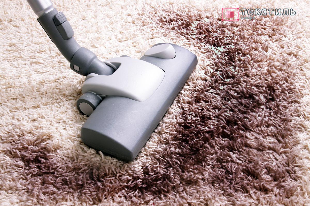 Ковер из полиэстера: плюсы и минусы этого дешевого напольного покрытия