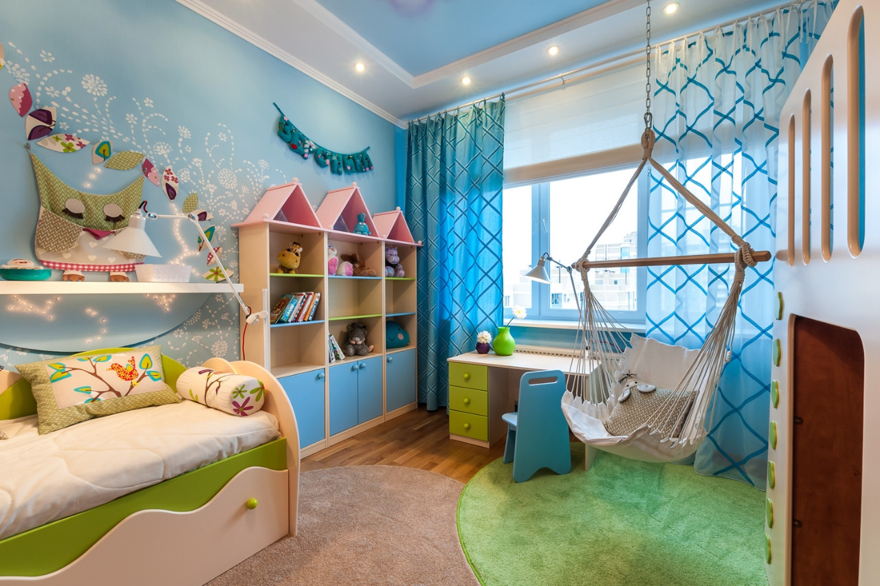 шкаф в форме замка для детской