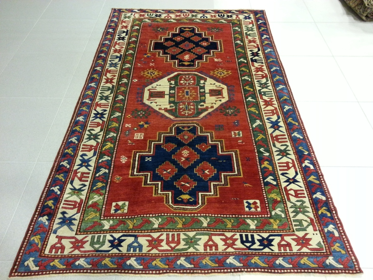 Антикварные ковры и ширмы: как выбрать лучший вариант