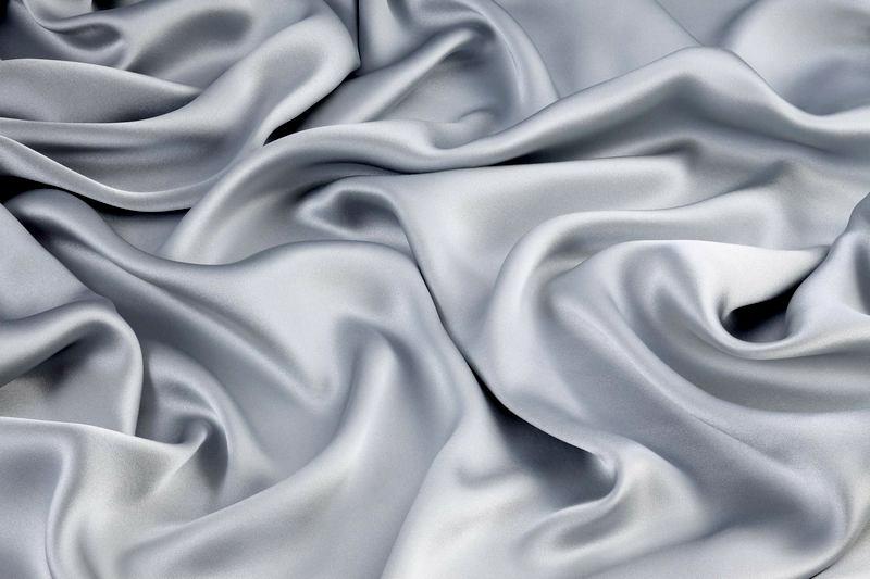 Описание ткани шелк-сырец и процесс ее изготовления
