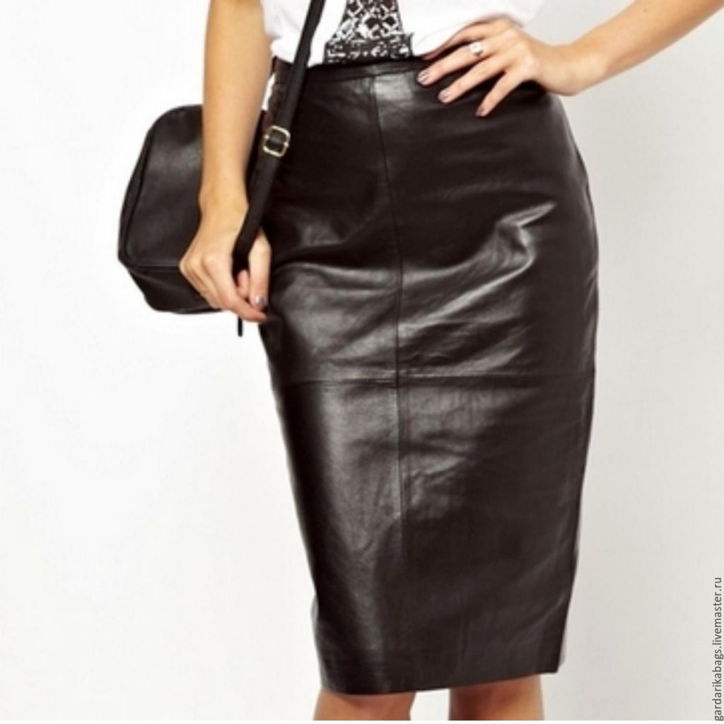 С чем лучше всего носить кожаную юбку, советы стилистов