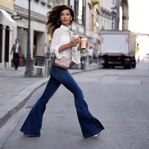 6b8efc8f2d1 Как и с чем носить джинсы  модные модели 2019 года