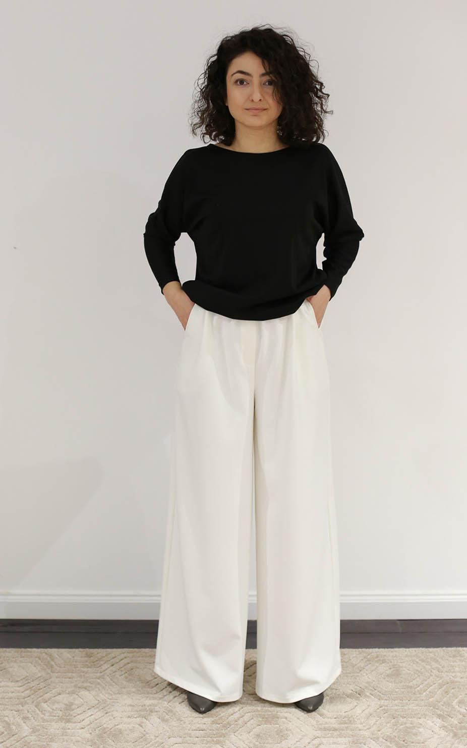 белые ультрадлинные брюки