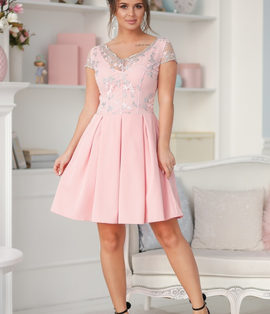 платье с стиле Барби