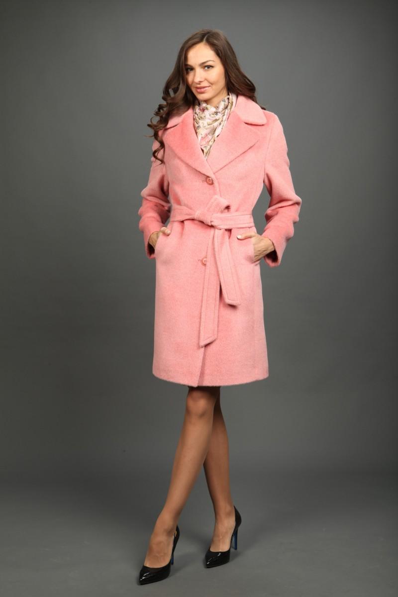 розовое пальто в стиле Барби