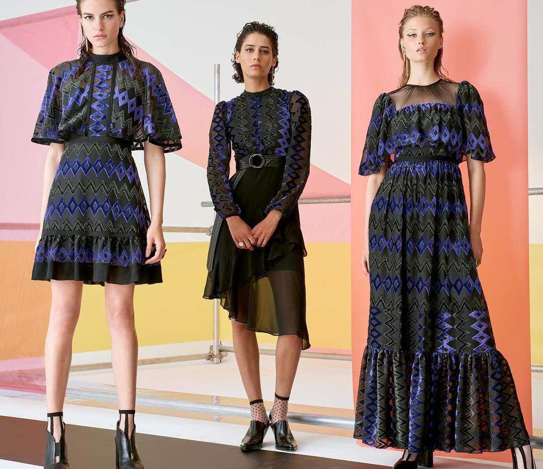 модные луки с кружевами 2019