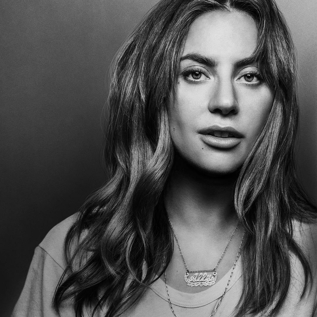 «Вышла за хлебом»: как выглядят голливудские звезды в жизни