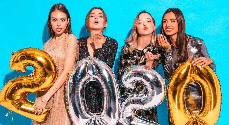 В чём встречать Новый 2020 год - цвета и ткани подходящие по знаку зодиака