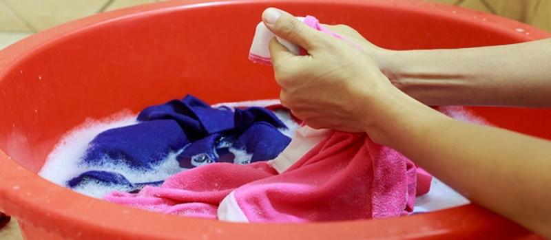 Как отстирать канцелярскую замазку с одежды в домашних условиях