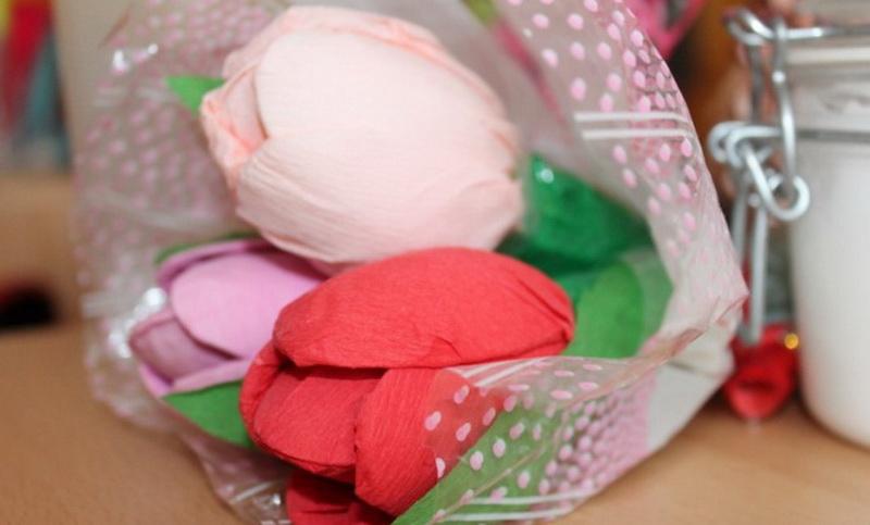 Поделки из ткани и подручных материалов к 8 марта