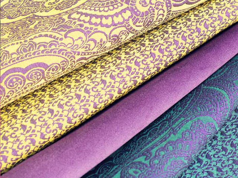 Ткани для обивки дивана: советы по выбору и обшивке