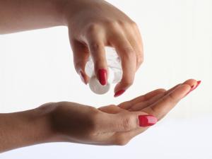 Чистота рук после работы. Антисептики для кожи