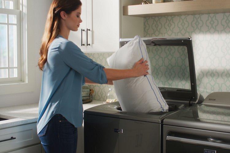 Как стирать подушки из пера в домашних условиях