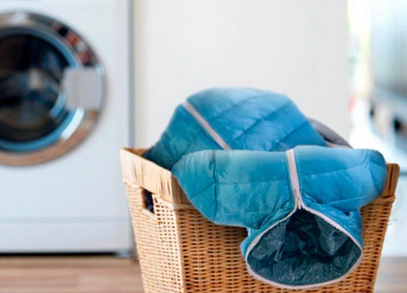 Как правильно постирать пуховую куртку в стиральной машине автомат