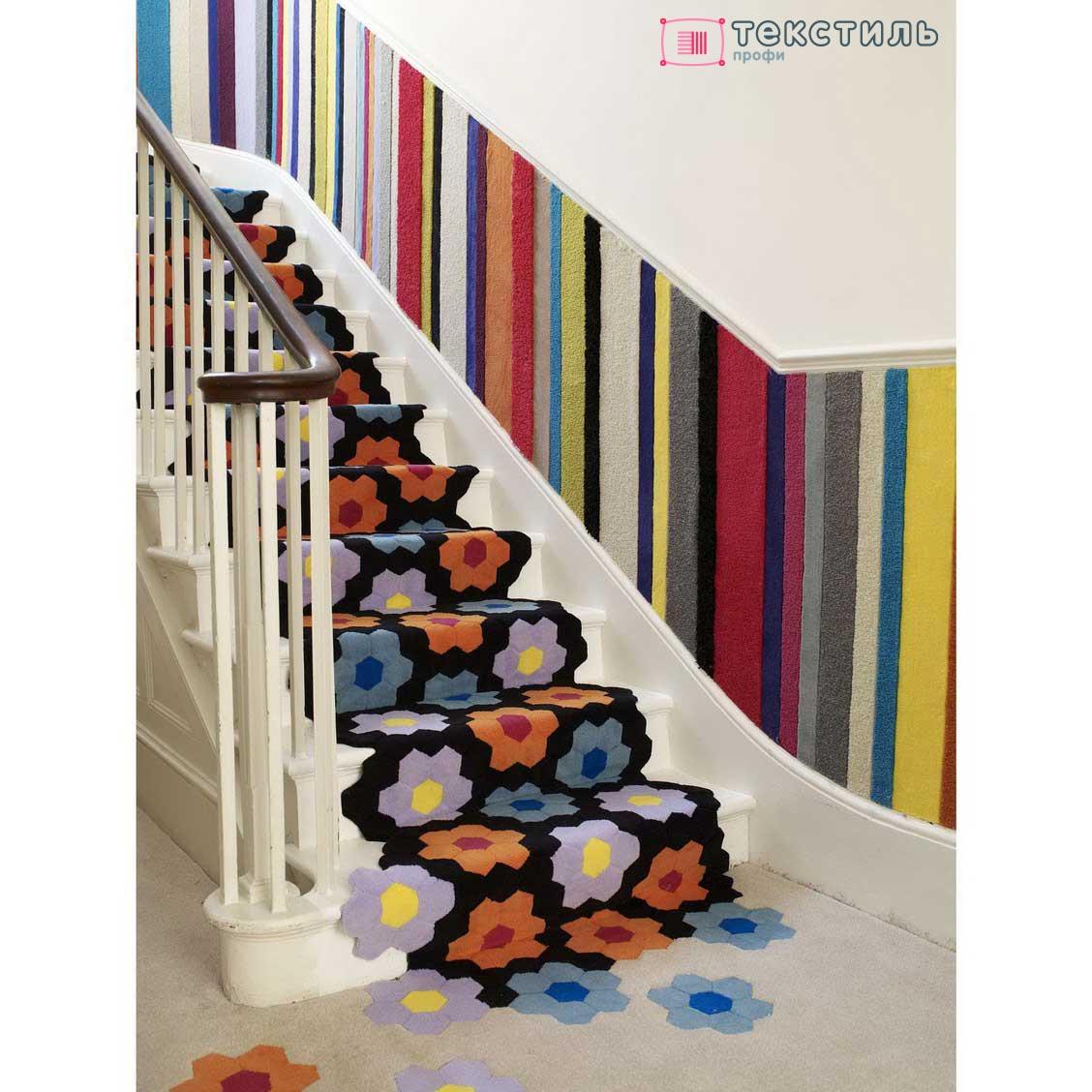 Ковровая дорожка на лестнице: изысканное оформление ступеней