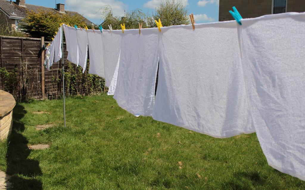 Что происходит, если вы нерегулярно стираете постельное белье?