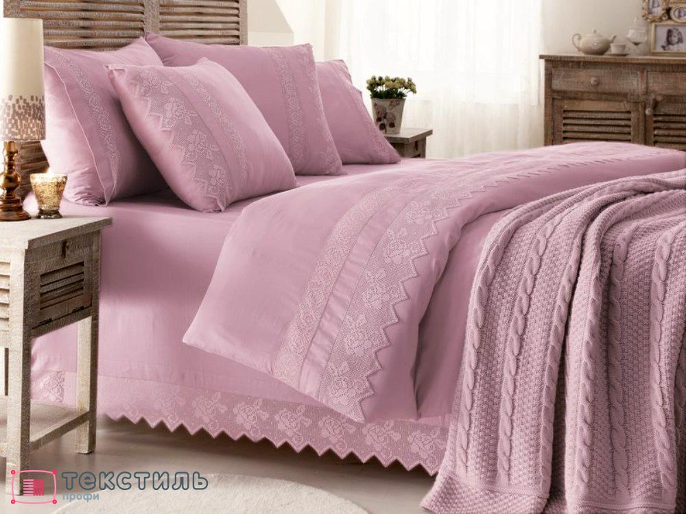 Шерстяные покрывала на кровать: гид по покупке