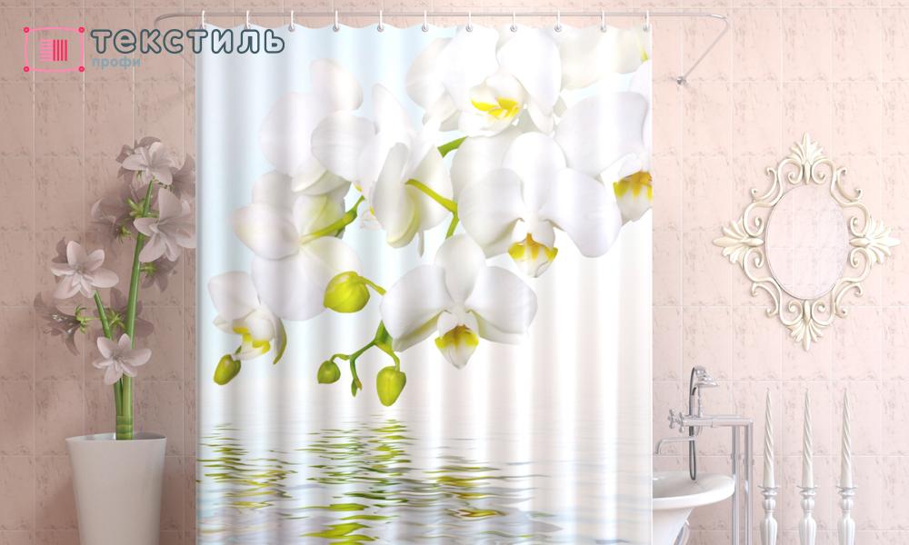 Штора в интерьере ванной комнаты: от видов размещения до практических советов