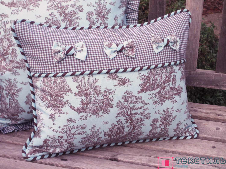 Декоративные подушки в стиле прованс: уют и гостеприимство