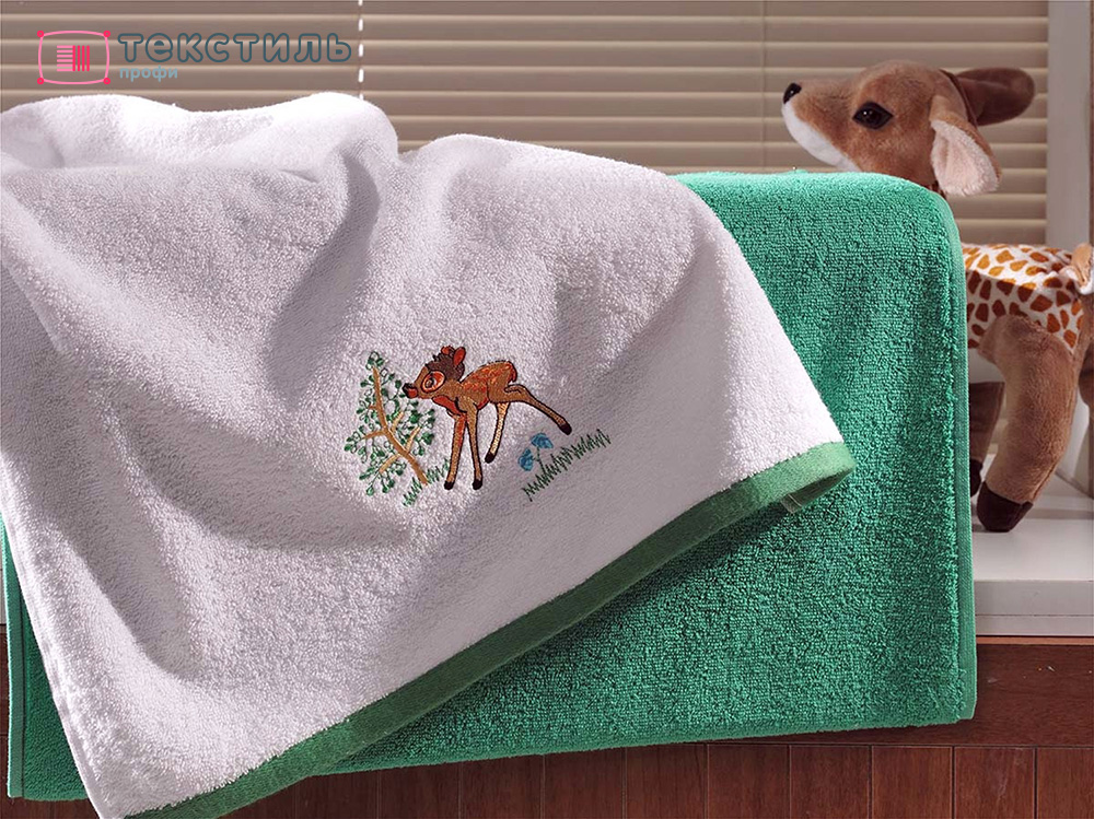 Полотенце с капюшоном: уютная вещица, которая служит для разных целей