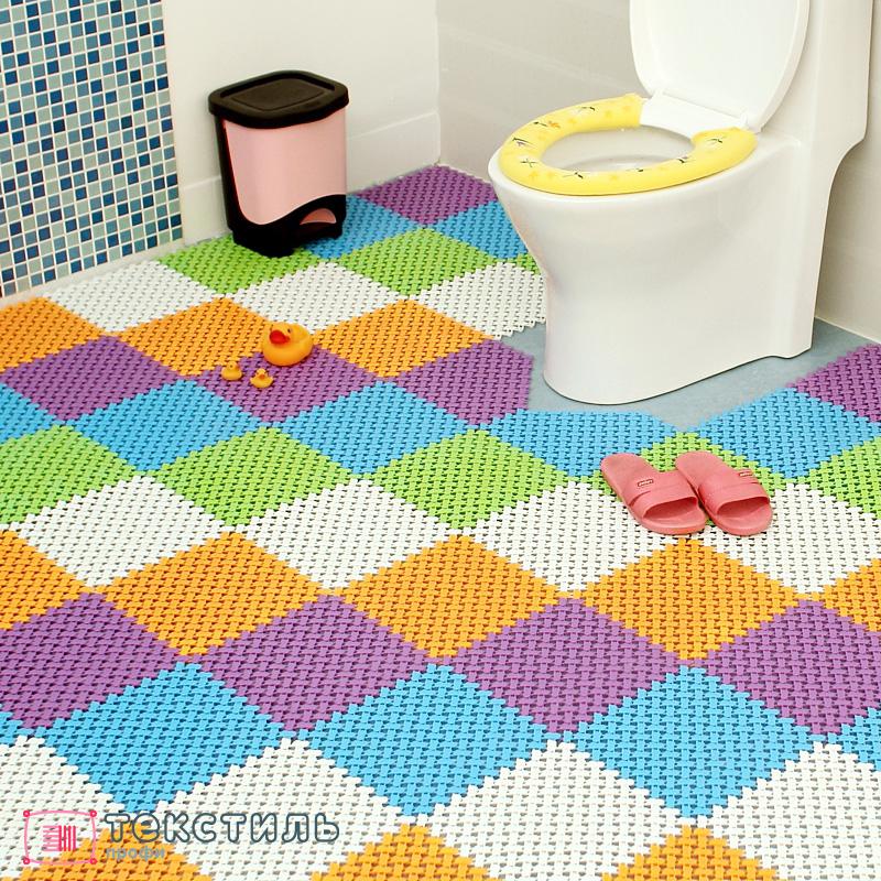 Ковер в ванную комнату: гид по материалам, размерам и уходу