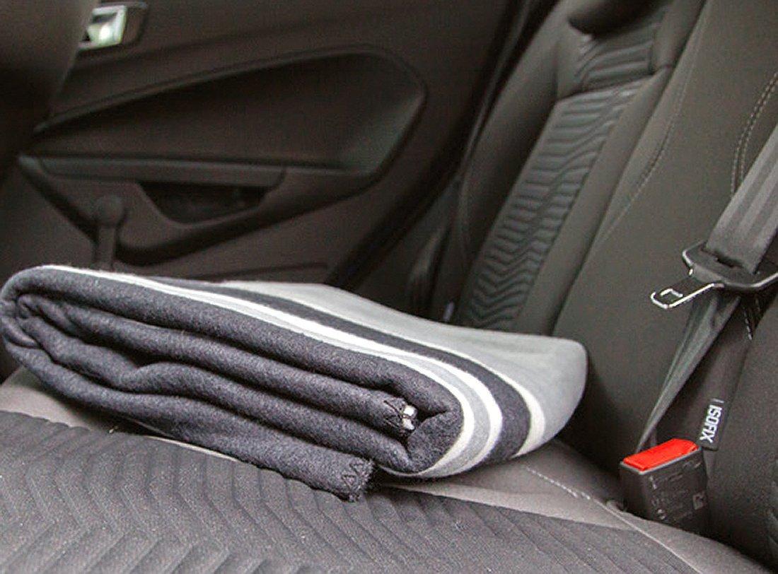 плед для путешествий в автомобиле