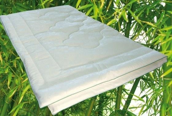 качественное одеяло из бамбука
