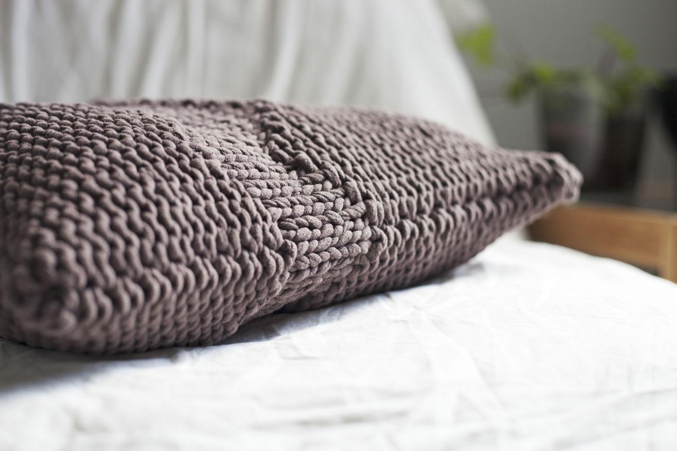 материал для декоративной подушки