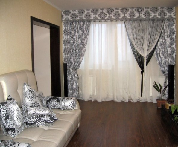 шторы-нити в гостиной
