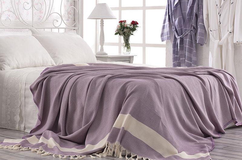 дизайн небрежный на постели