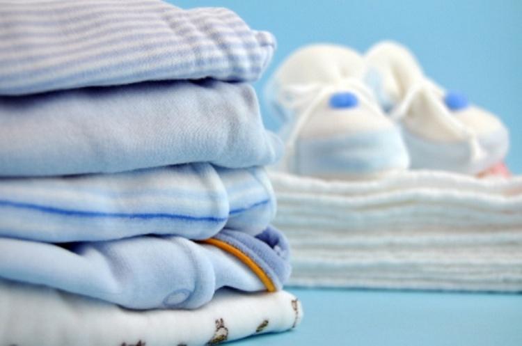 преимущества глажки одежды для новорожденных