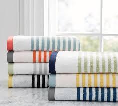 классические полосатые полотенца