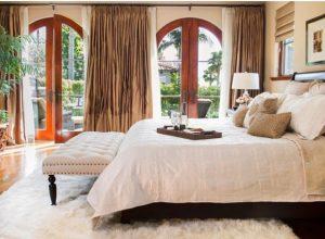 ковровое покрытие в спальне