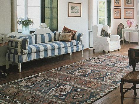 Ковер килим для интерьера: культовый предмет в вашем доме