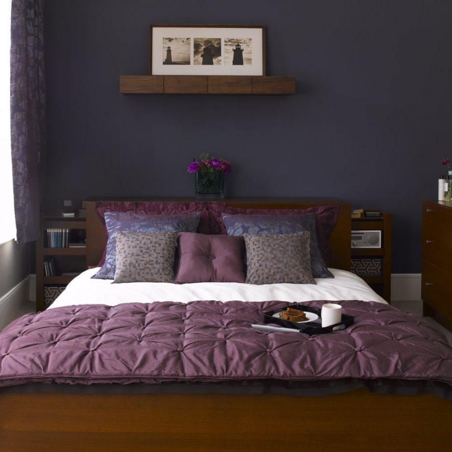 Фиолетовое покрывало для спальни: какой оттенок выбрать