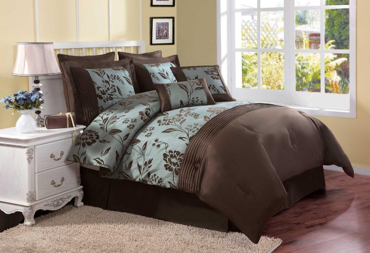 Покрывало на кровать шоколадного цвета: как лучше вписать в интерьер