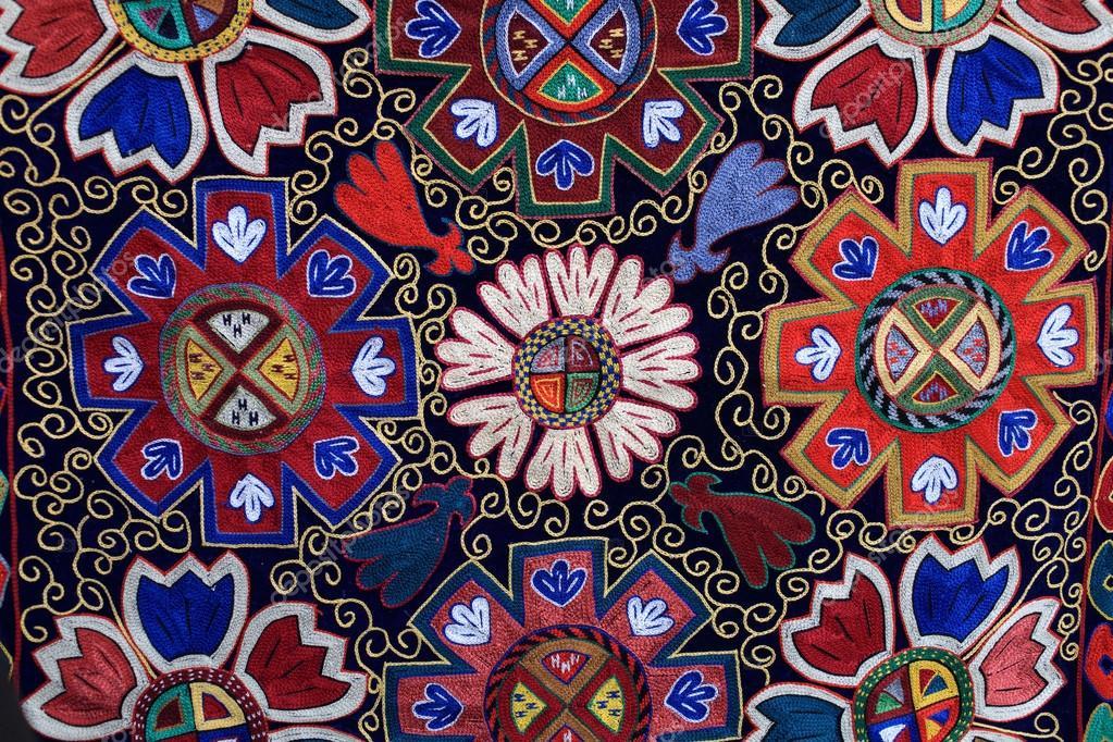 Узбекский ковер: достояние страны и наследство всего мира