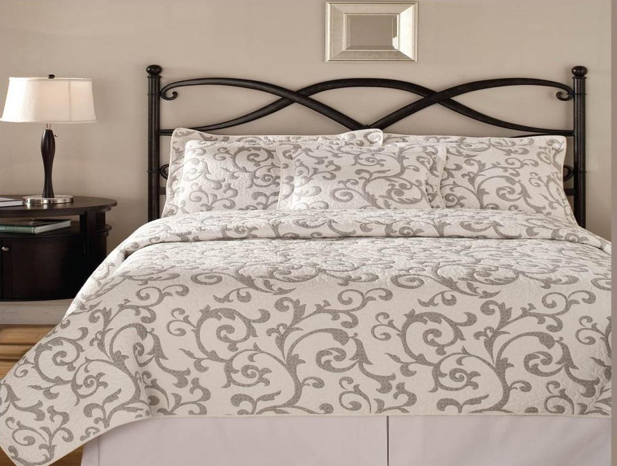 Покрывала для спальни: купить или сшить на заказ?