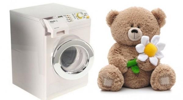 Как постирать мягкие игрушки в стиральной машине?