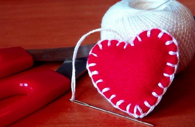 8 лучших поделок из фетра ко дню Святого Валентина